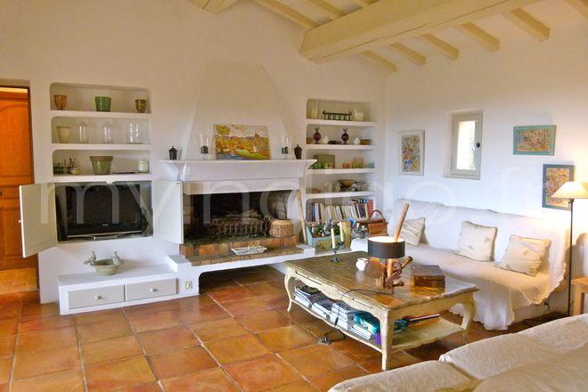 Bastide des agapanthes ramatuelle for Interieur maison provencale